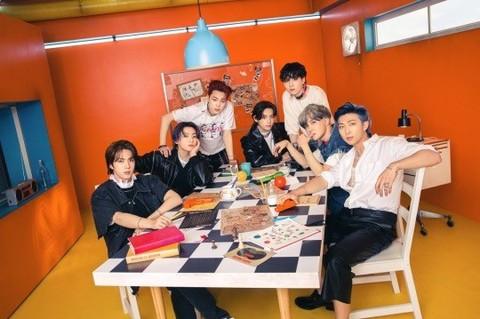 防彈少年團繼續包攬日本Oricon一周流媒體榜單前三名!